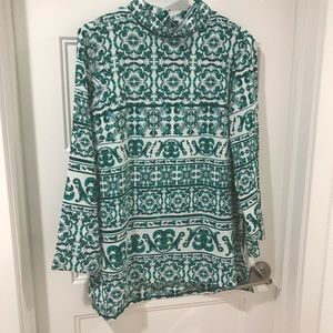 NWT H&M Embossed Shirt